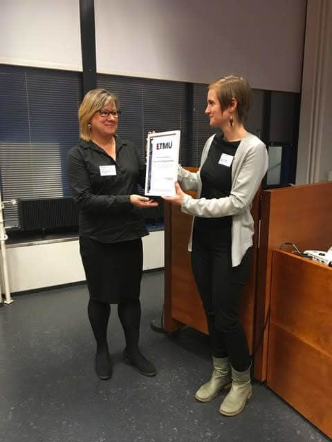 Professor Elina Pirjatanniemi receives the ETMU Award in Tampere.